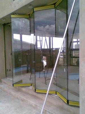 Frameless Sliding Folding Doors