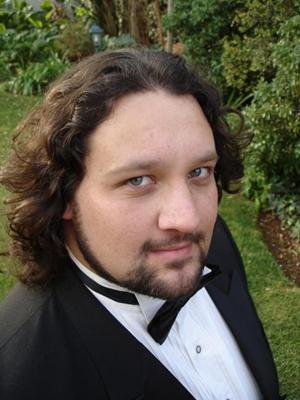 Stéfan Louw - Opera Tenor