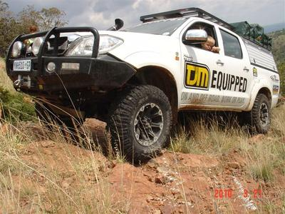 Toyota Hilux kitted out by LA Sport Pretoria - front bull bar, aluminim conopy, lifted suspention