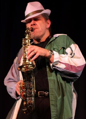 Friedel Knobel Saxophonist