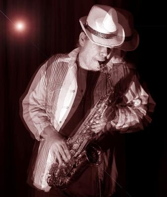 Sax player Friedel Knobel